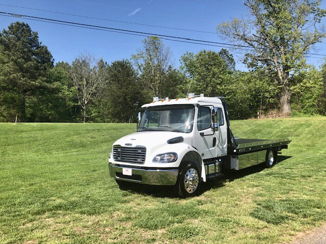 2019 Freightliner Extended Cab